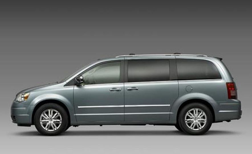 2008 Chrysler Town $amp; Country - Slide 6