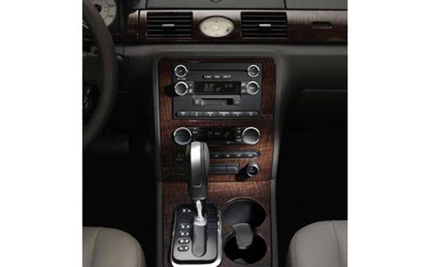 2008 Ford Five Hundred - Slide 8