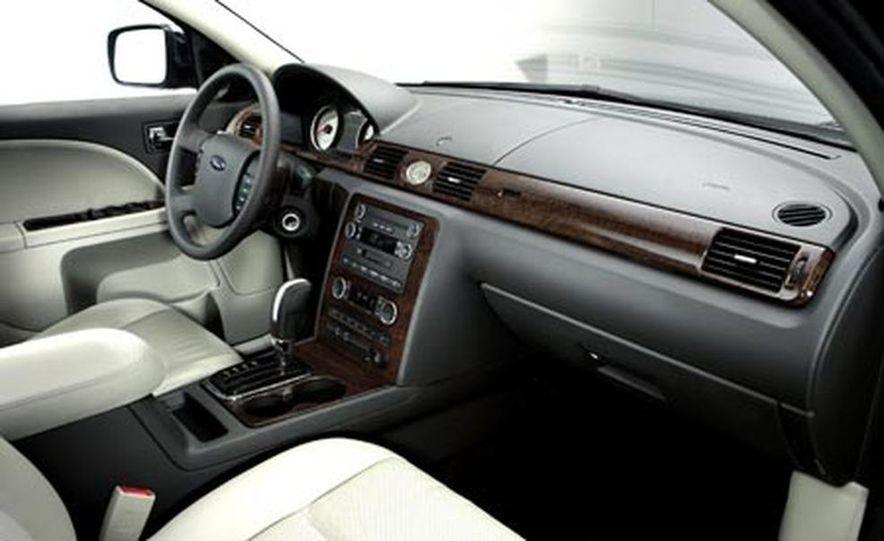 2008 Ford Five Hundred - Slide 9