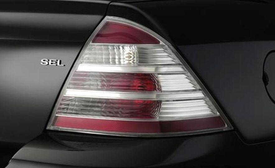 2008 Ford Five Hundred - Slide 10