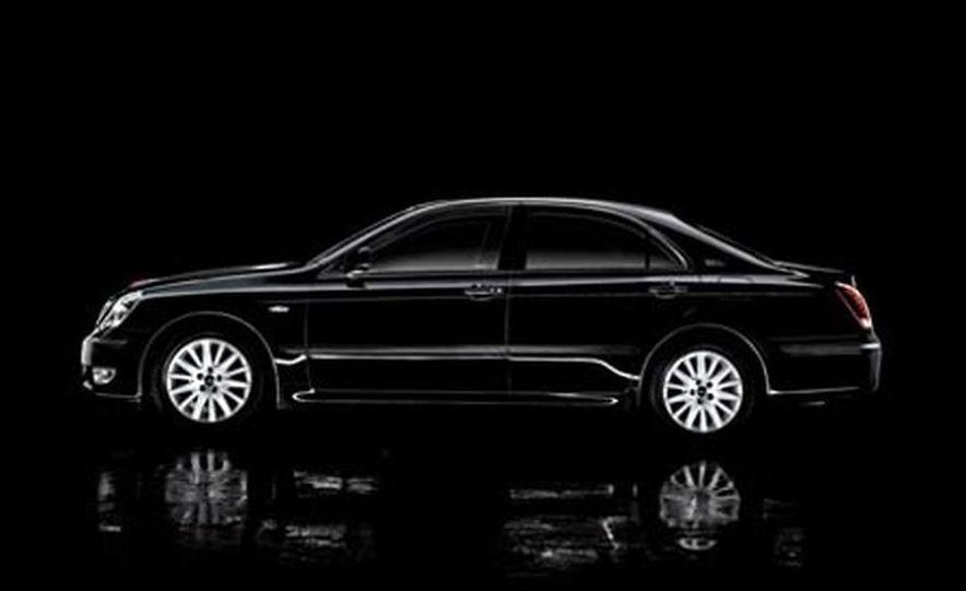 Cadillac SLS - Slide 17
