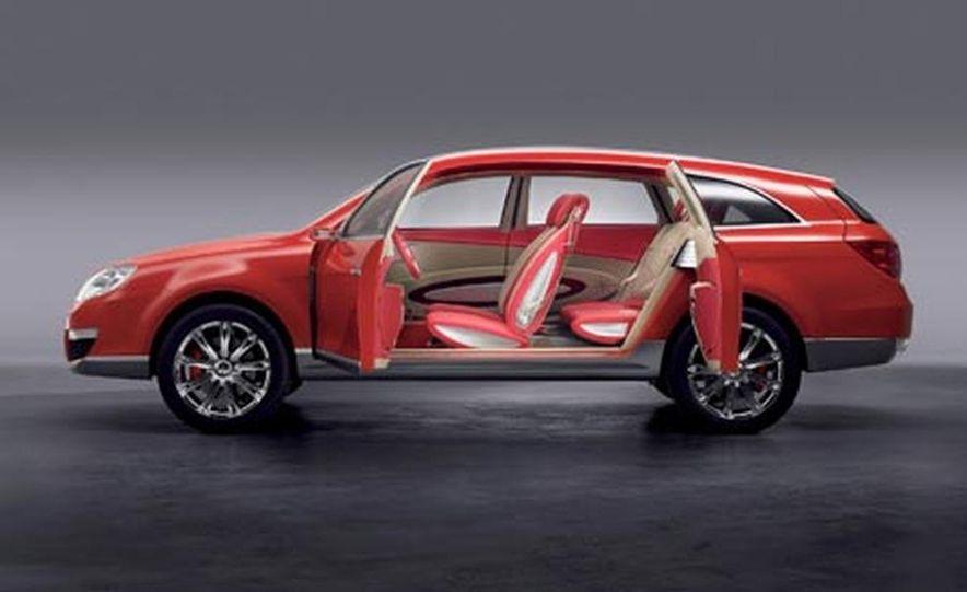 Cadillac SLS - Slide 22