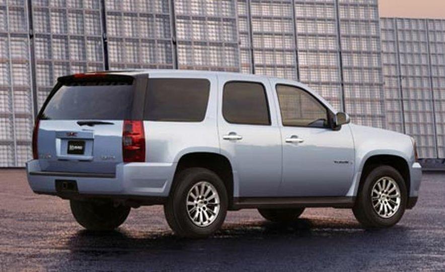 2008 GMC Yukon Hybrid - Slide 1
