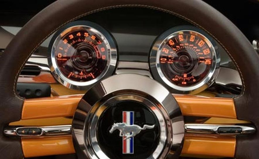 Giugiaro Ford Mustang Concept - Slide 15