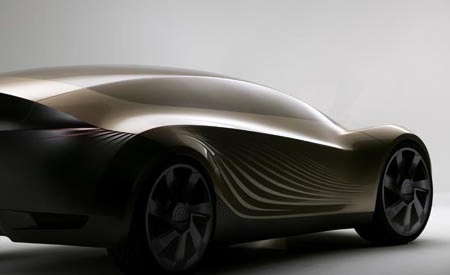 Mazda Nagare concept - Slide 1