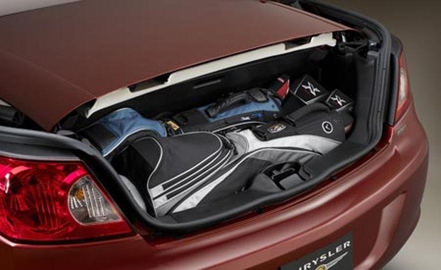 2008 Chrysler Sebring convertible - Slide 17