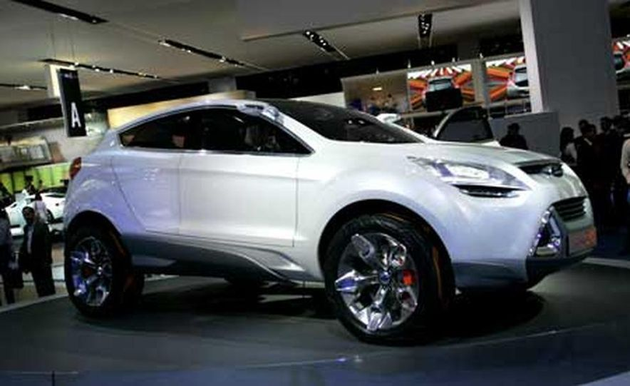 Ford Iosis X concept - Slide 1