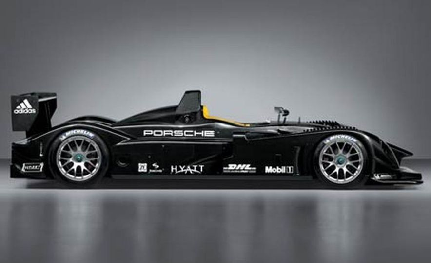 Porsche RS Spyder Le Mans Prototype - Slide 1
