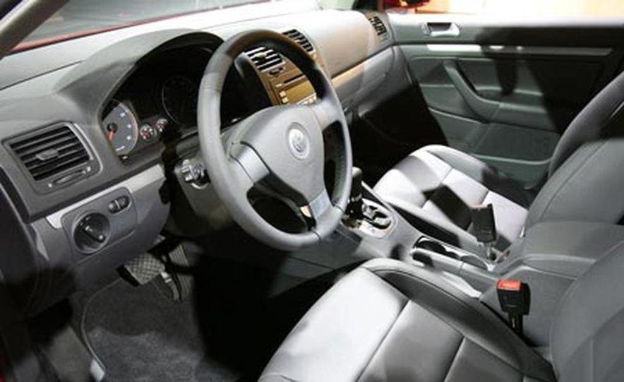 2008 Volkswagen Touareg2 - Slide 5