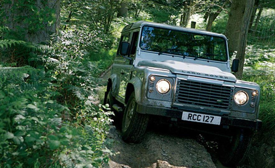 2007 Land Rover Defender - Slide 1