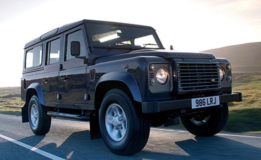 2007 Land Rover Defender - Slide 7