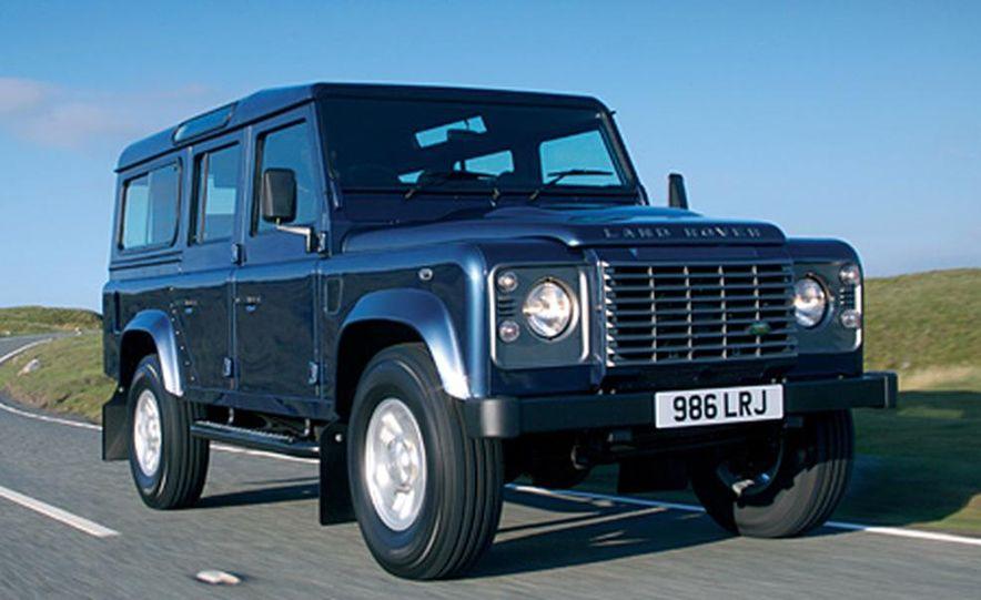 2007 Land Rover Defender - Slide 8