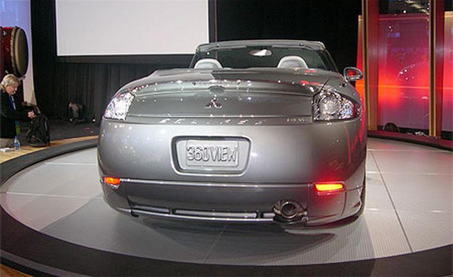 2007 Mitsubishi Eclipse Spyder - Slide 3