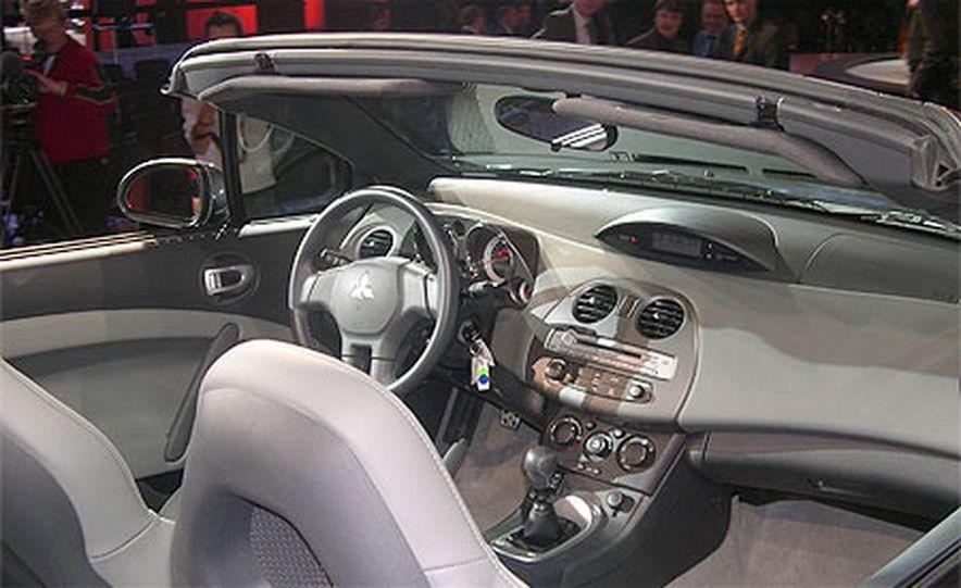 2007 Mitsubishi Eclipse Spyder - Slide 14
