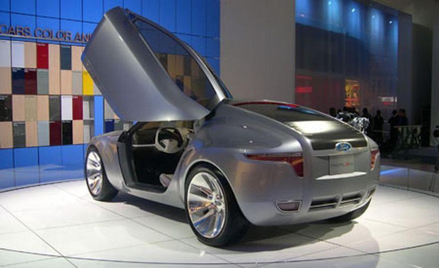 Ford Reflex Concept - Slide 3