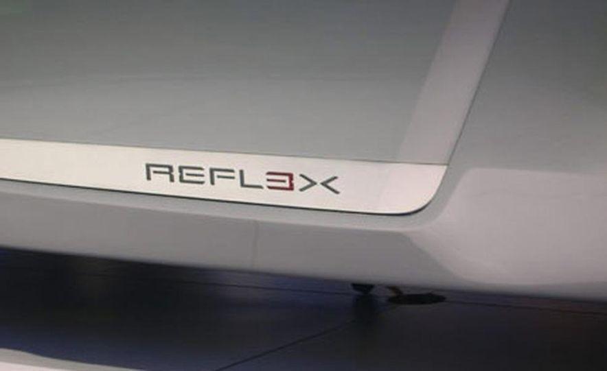 Ford Reflex Concept - Slide 18
