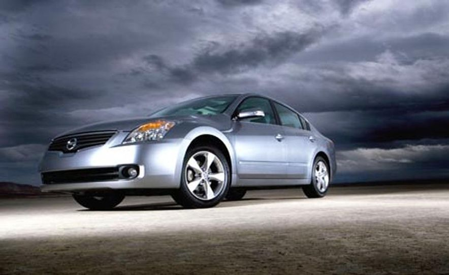 2007 Nissan Altima - Slide 1