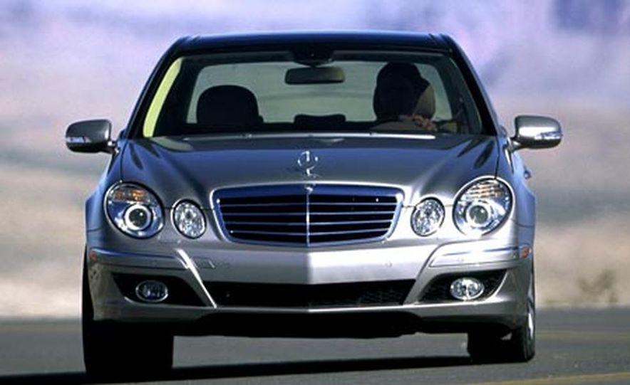 2007 Mercedes-Benz E550 - Slide 1