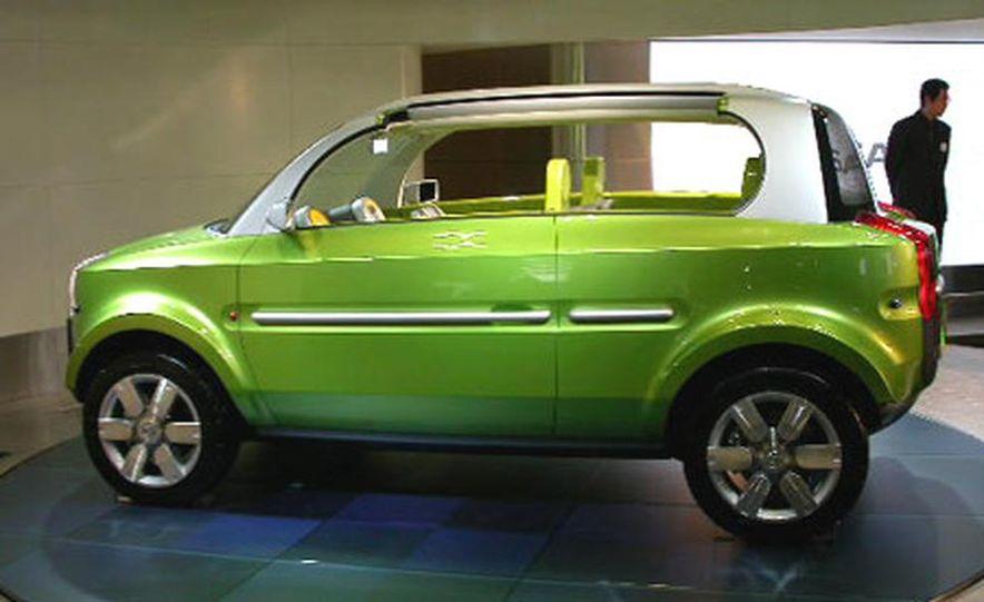 Nissan Jikoo - Slide 14