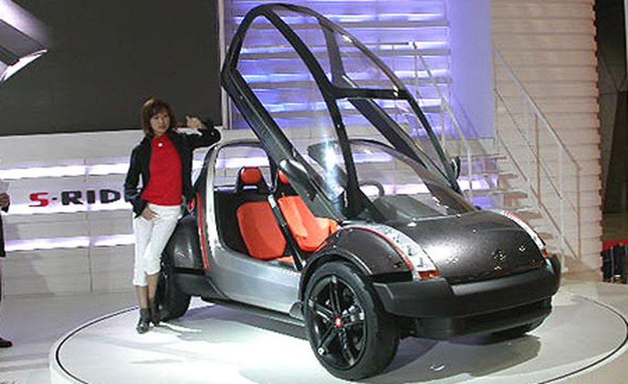 Nissan Jikoo - Slide 15