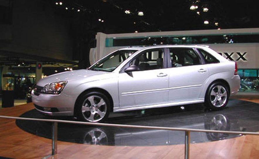 Chevrolet Malibu Maxx 2003 New York International Auto Show - Slide 1
