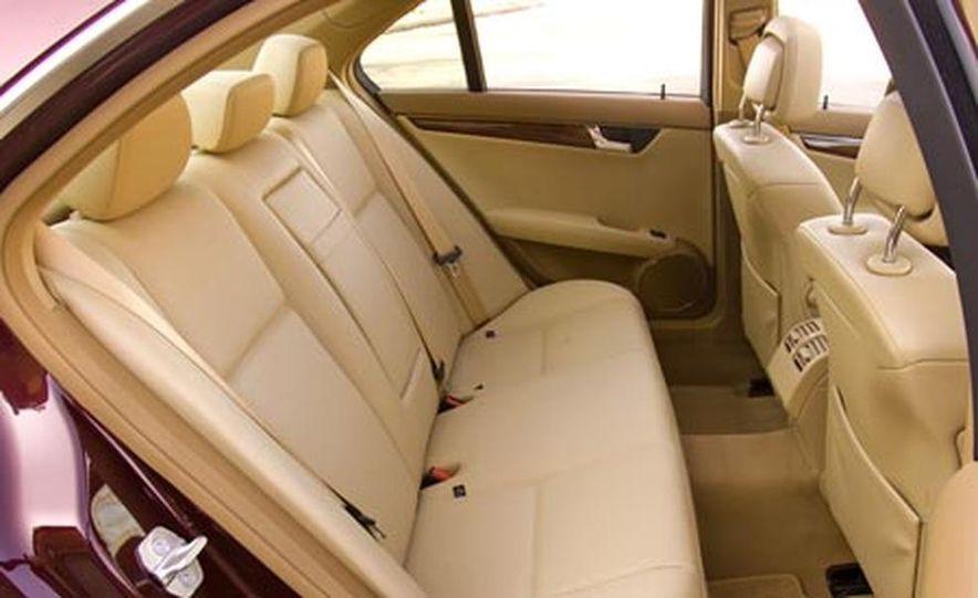 2008 Mercedes-Benz C300 Luxury - Slide 16