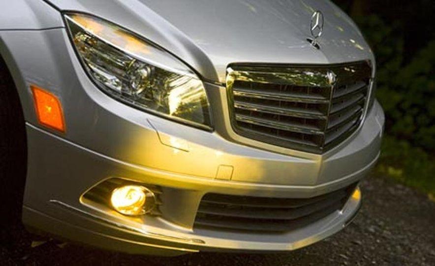 2008 Mercedes-Benz C300 Luxury - Slide 1
