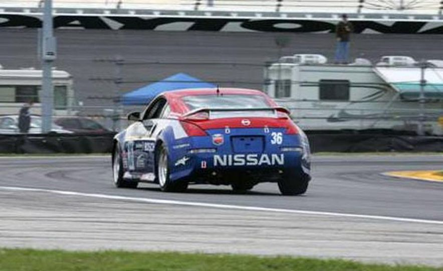 The 350Z in brief glory at Daytona before its fateful motor explosion. - Slide 3