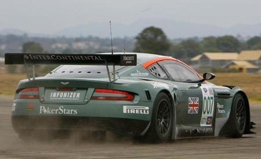Aston Martin DBR9 - Slide 4