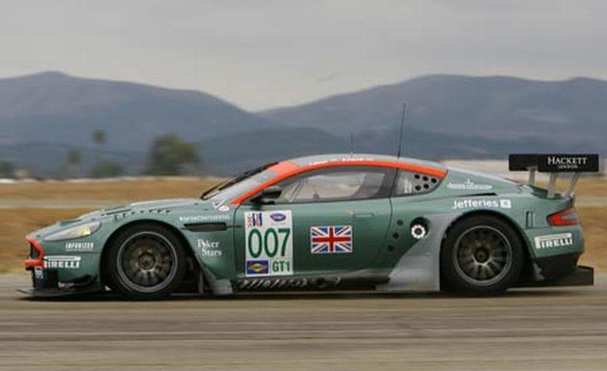 Aston Martin DBR9 - Slide 5