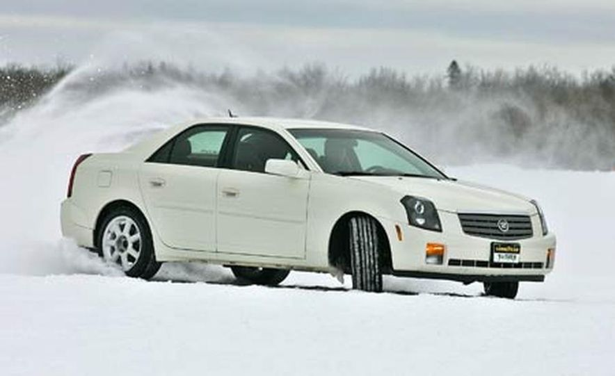 Cadillac CTS during snow testing - Slide 5