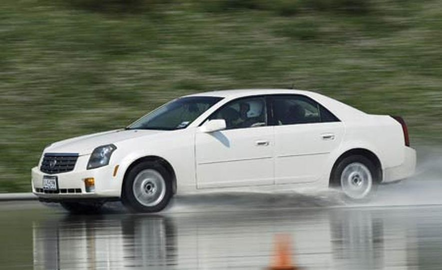 Cadillac CTS during snow testing - Slide 10