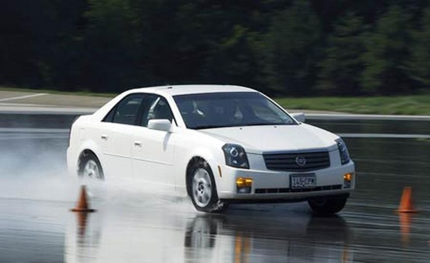 Cadillac CTS during snow testing - Slide 11