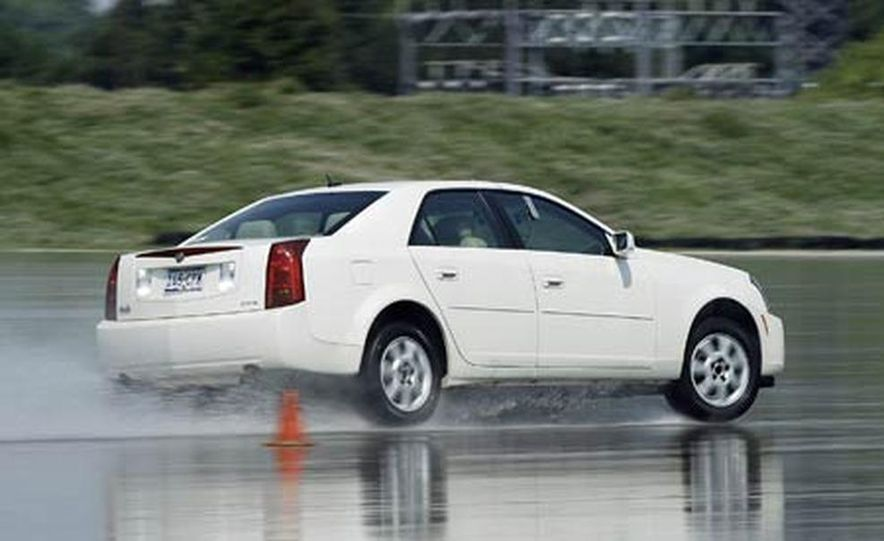 Cadillac CTS during snow testing - Slide 12
