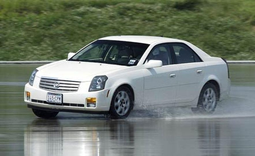 Cadillac CTS during snow testing - Slide 14
