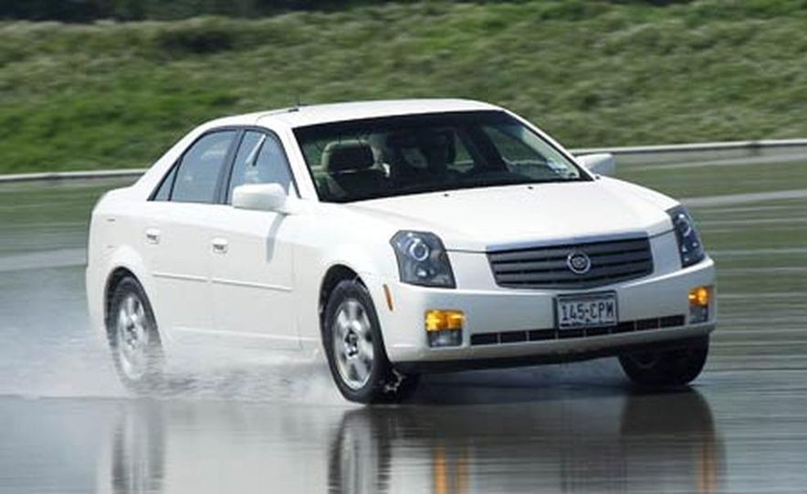 Cadillac CTS during snow testing - Slide 15