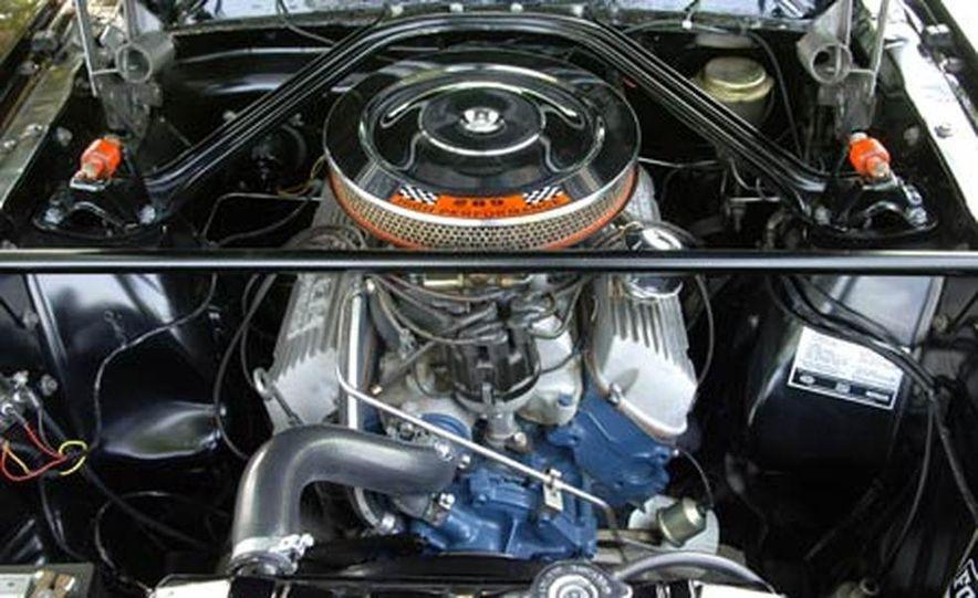 1966 Shelby GT350H 289-cubic-inch V8 engine - Slide 1
