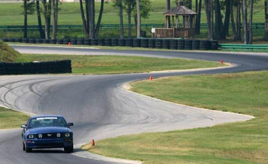 2006 BMW M6 - Slide 29