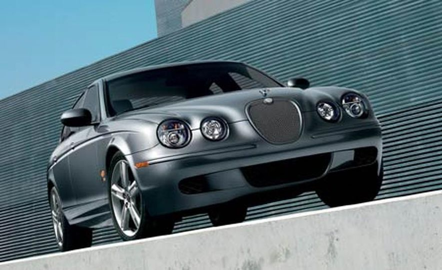 2006 Pontiac GTO - Slide 7