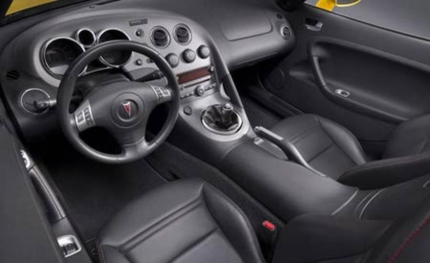 2006 Pontiac GTO - Slide 35