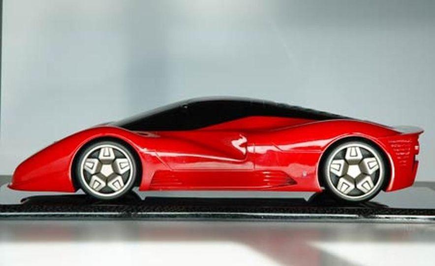 Pininfarina Ferrari P4-5 - Slide 18