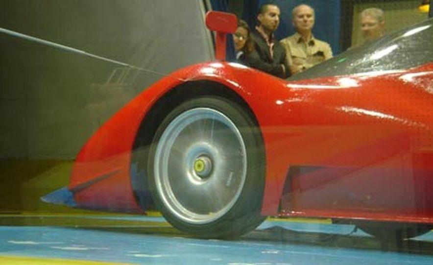 Pininfarina Ferrari P4-5 - Slide 8