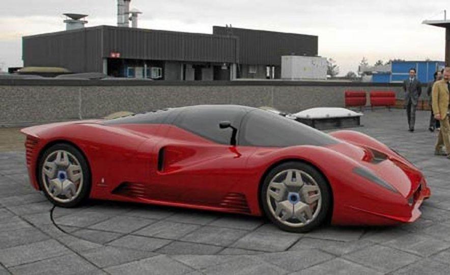 Pininfarina Ferrari P4-5 - Slide 12
