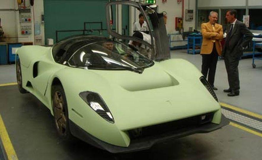 Pininfarina Ferrari P4-5 - Slide 21