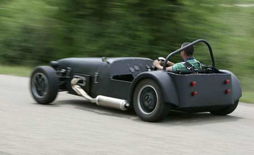 Chris Fiaccone's Locost sports car - Slide 4