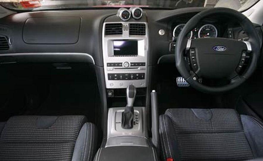 2006 Ford Falcon FPV GT Boss 290 - Slide 21