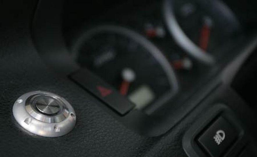 2006 Ford Falcon FPV GT Boss 290 - Slide 25