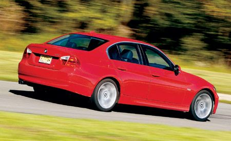 BMW Series Best Cars Features Car And Driver - Bmw 3 series features