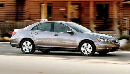 2005 acura rl 10best cars features car and driver 2005 acura rl sciox Images