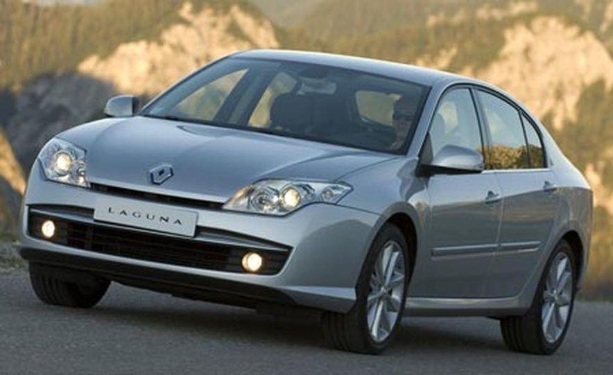 2008 Renault Laguna saloon - Slide 14